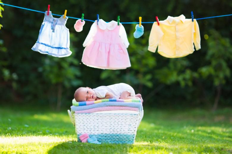 赤ちゃん,洗濯,外