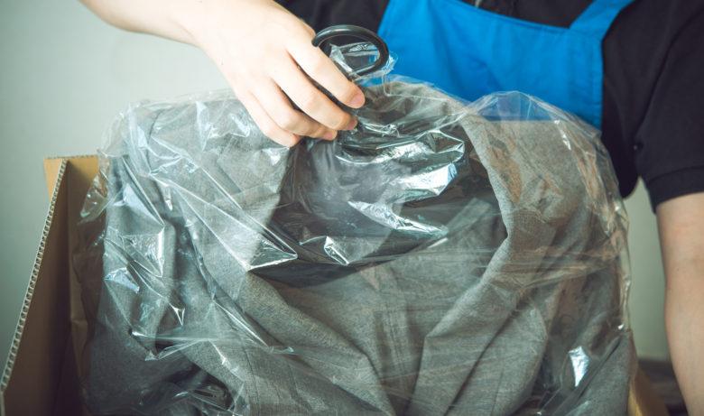 服,油染み,宅配クリーニング