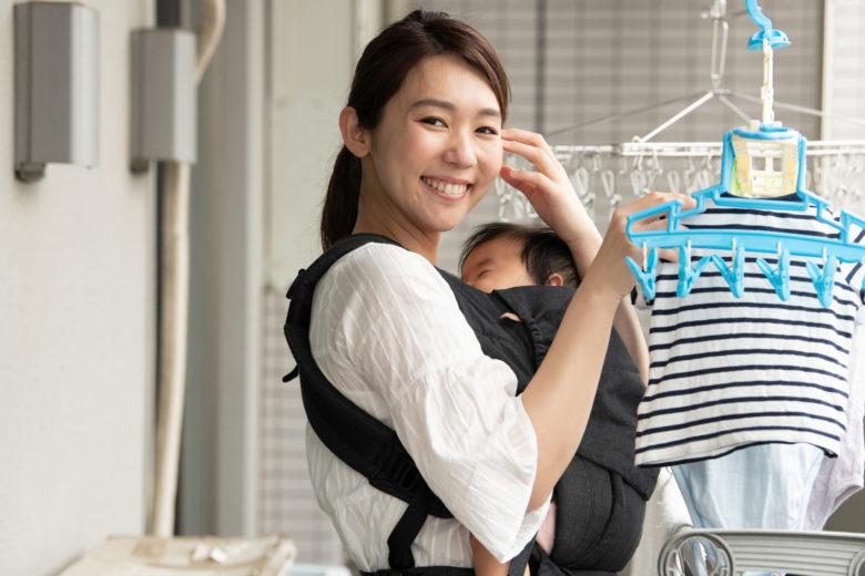 赤ちゃん,洗濯,母