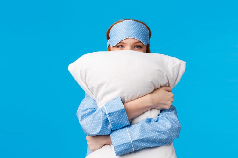 枕,洗い方,女性